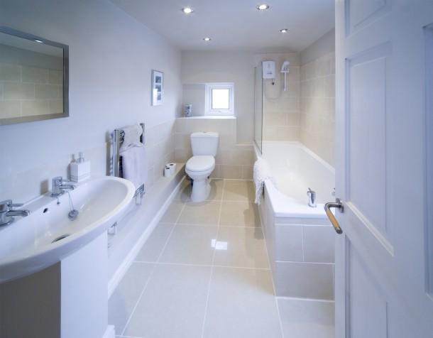 Klasszikus fehér fürdőszoba