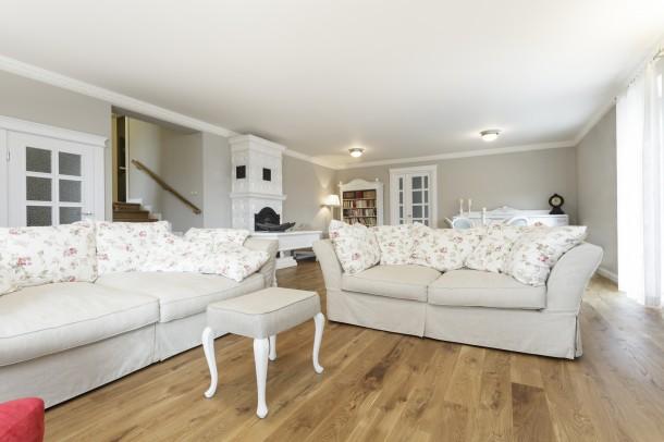 Klasszikus fehér nappali