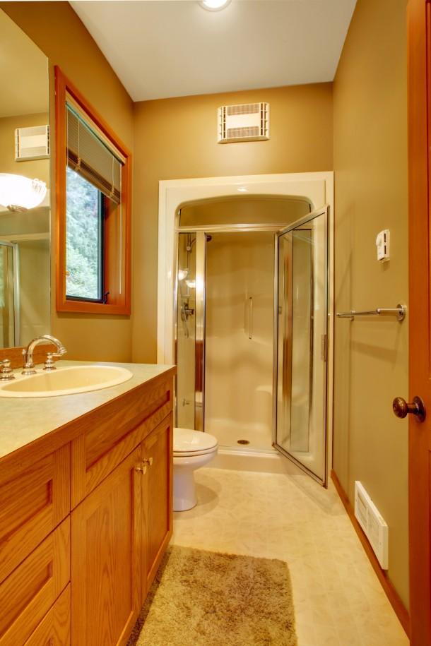Klasszikus meleg fürdőszoba