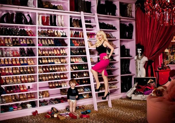 Christina-Aguilera--Closet1