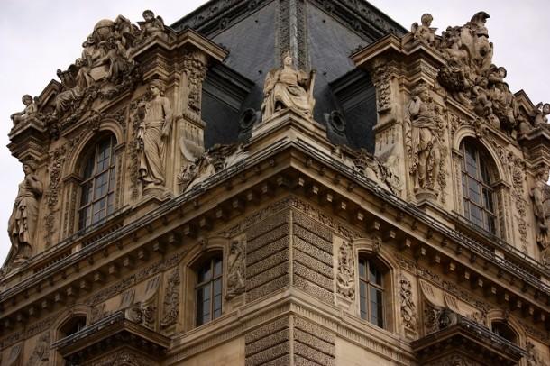 A Louvre manzárdtetője