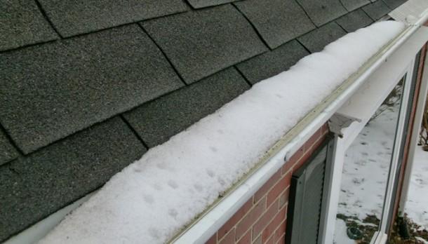 Vajon mi rejlik a hó alatt?