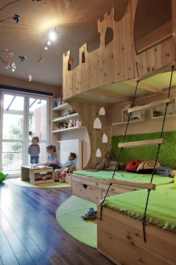 Gyerekbútor, egyben játék