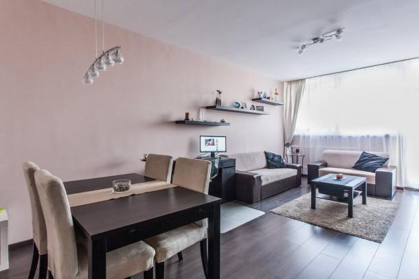 Így újította fel lakását a hobbi lakberendező