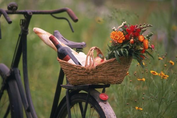 Jópofa régi kerékpáron érkezni