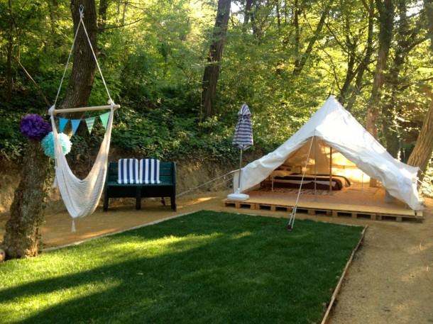 Kétszemélyes sátor a noszvaji glamping területén