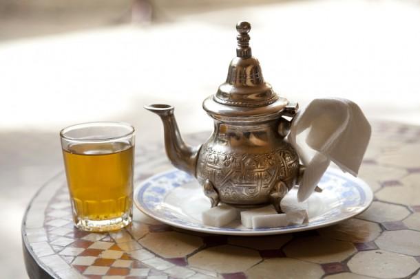 Marokkóban mentával ízesített zöldteát isznak