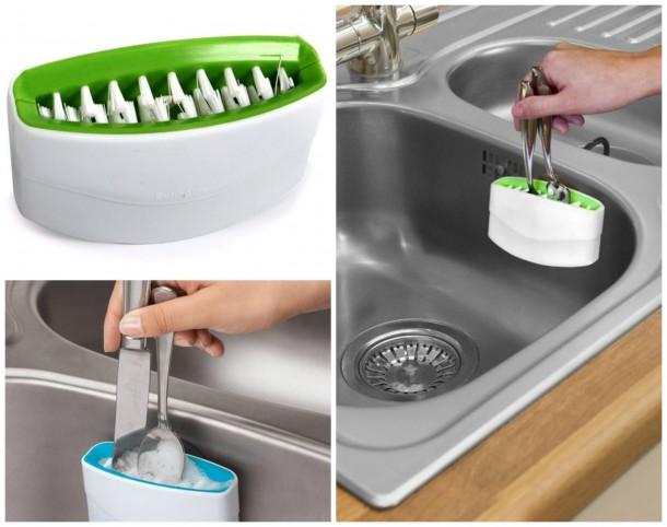 Egyszerre több evőeszközt is el tudsz vele mosni.