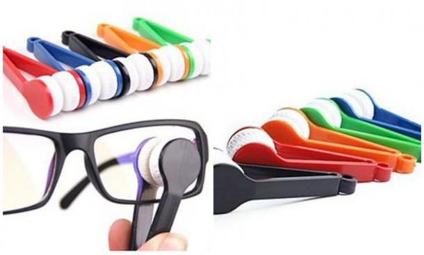 Egyszerre lehet ezzel a szemüveg belső és külső részét takarítani.
