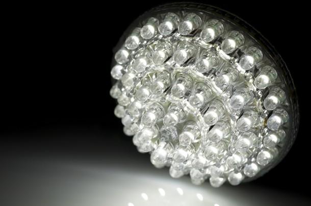 7 ok, miért cseréld le hagyományos izzódat LED lámpára!