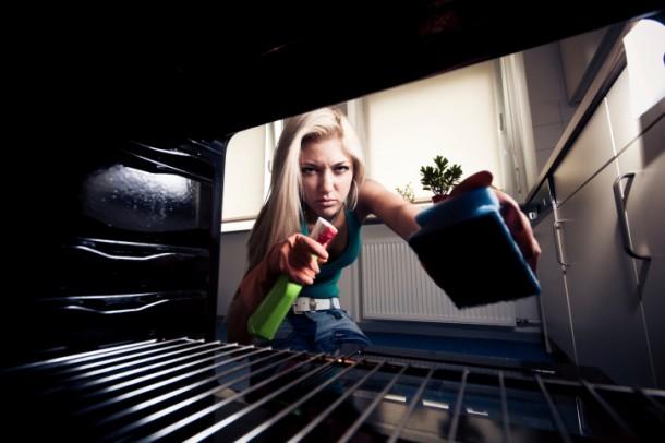 Így lesz újra tiszta a sütőd hosszas súrolás és tisztítószerek nélkül!