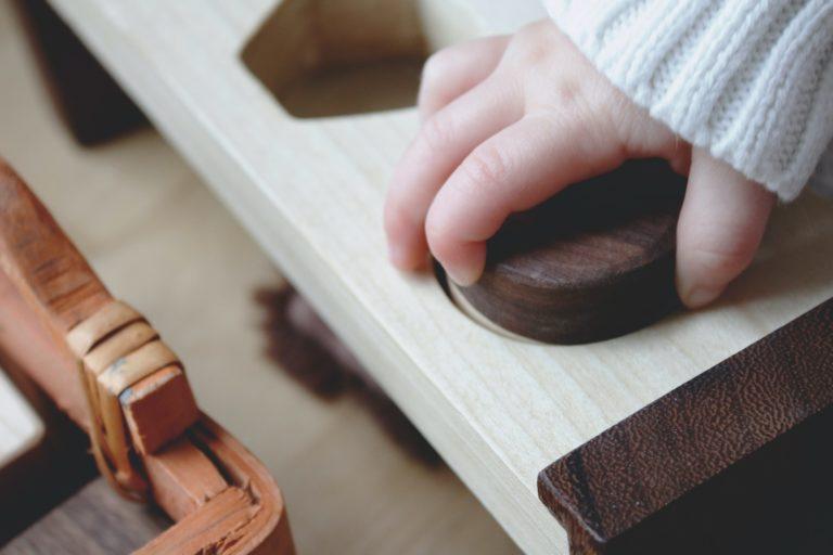 Matató tábla babáknak – így készítheted el te is!
