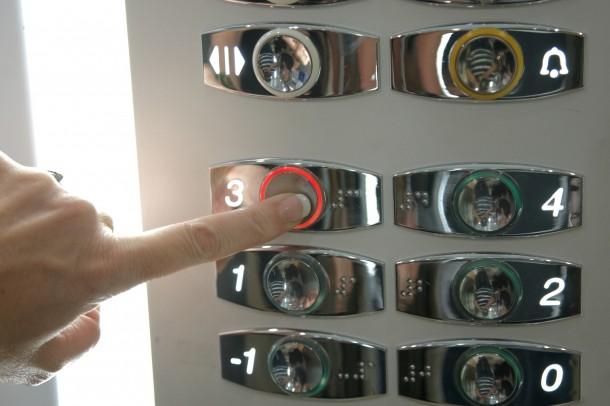 Hányadik emeleten célszerű lakást venni? Árkülönbségek emeletenként