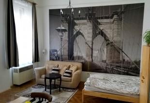 900 ezer forintból újították fel ezt a VI. kerületi 8,6 milliós lakást - Előtte-utána fotók!