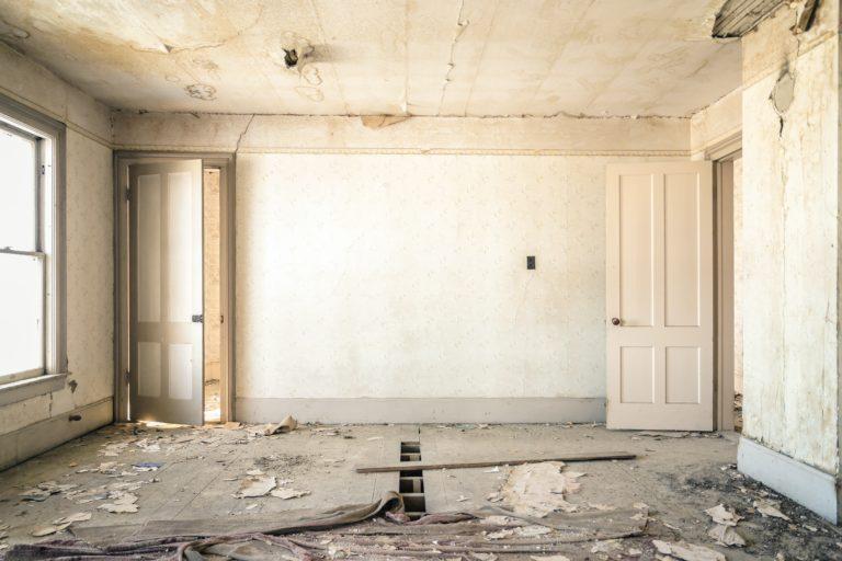 Ne halaszd tovább! 5 felújítási munkálat, amit idén meg kell tenned