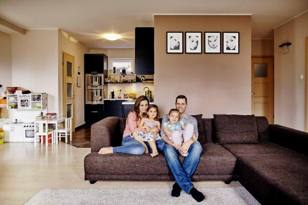 Váczi Gergő otthona – Itt él a TV2 műsorvezetője feleségével és lányaival!
