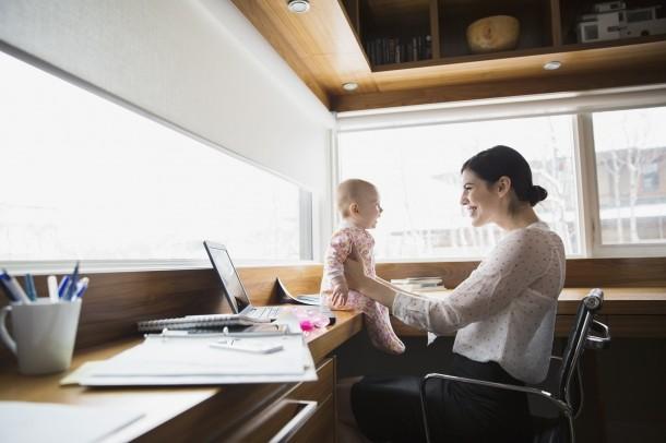 Otthonról dolgozó mami vagy? Íme 7 hasznos lakberendezési tipp!