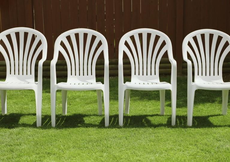 Műanyag kerti bútor felújítása – 6 zseniális megoldás!