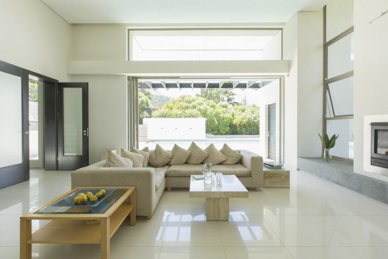 Új nappali egy csapásra – 5 trükk, amivel felrázhatod a nappalidat