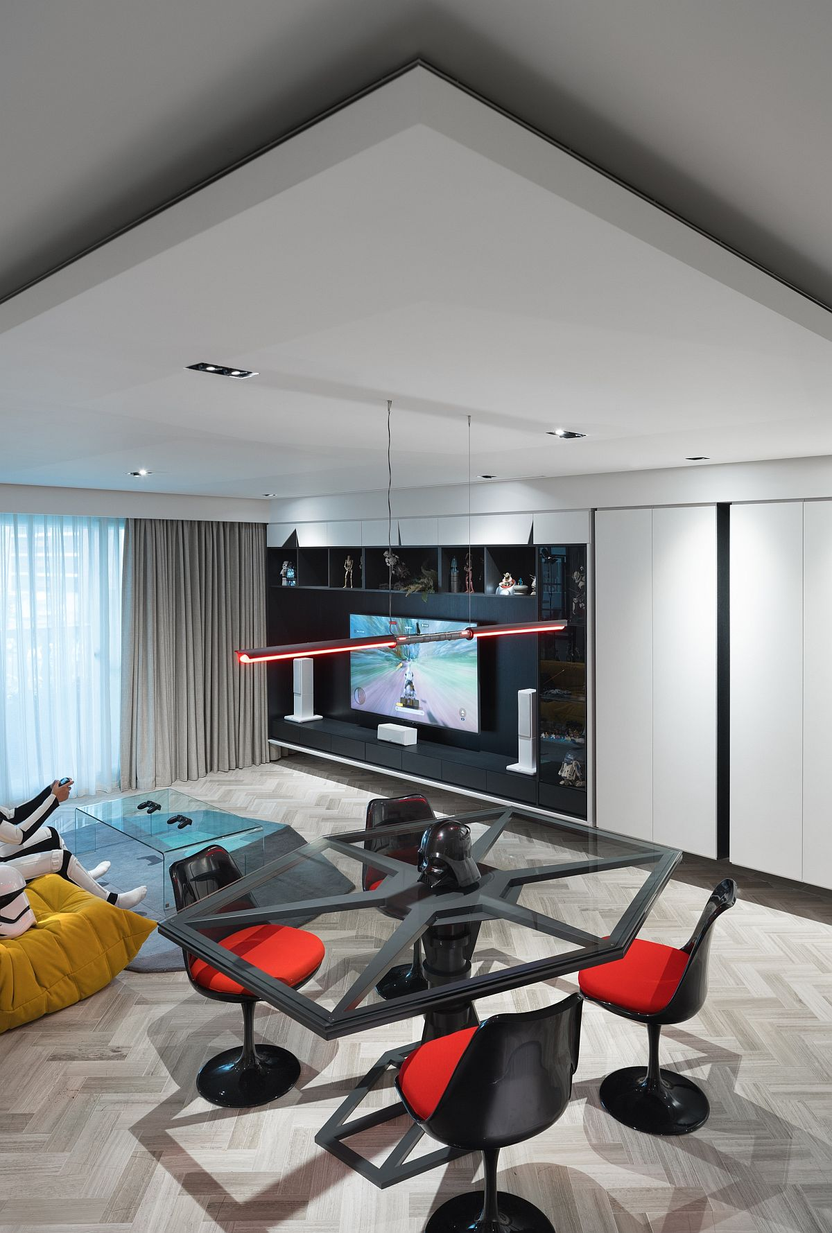 Entertainment-zone-and-living-room-of-the-Star-Wars-home