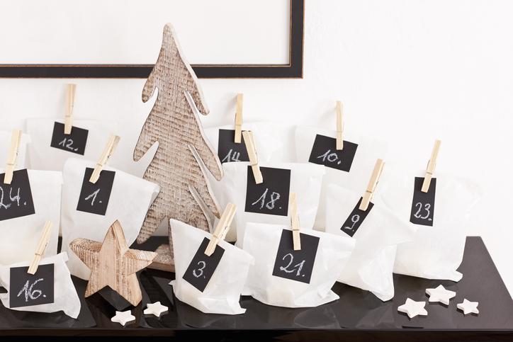 Így készíts rendhagyó adventi kalendáriumot: ezúttal nem csokit rejt a sok kis ablak!