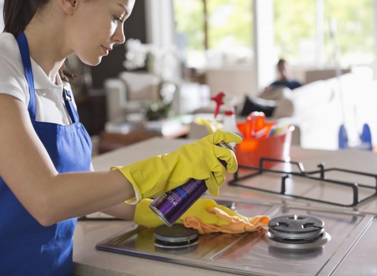 Így tüntetheted el a legdurvább konyhai foltokat