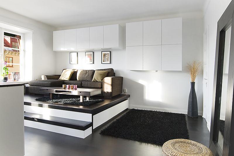 tele rejtekhellyel praktikus t rol megold sokkal teli egyszob s amerikai konyh s kislak s. Black Bedroom Furniture Sets. Home Design Ideas