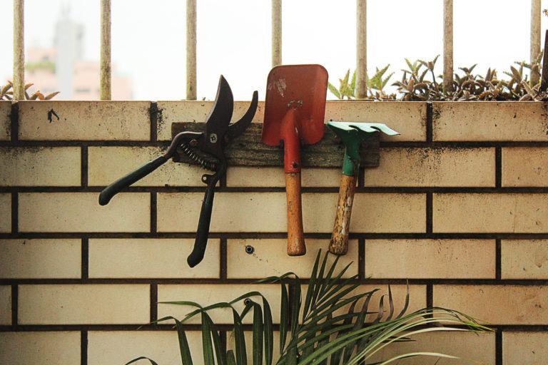 Így készítsd fel kerti szerszámaid a tavaszra!