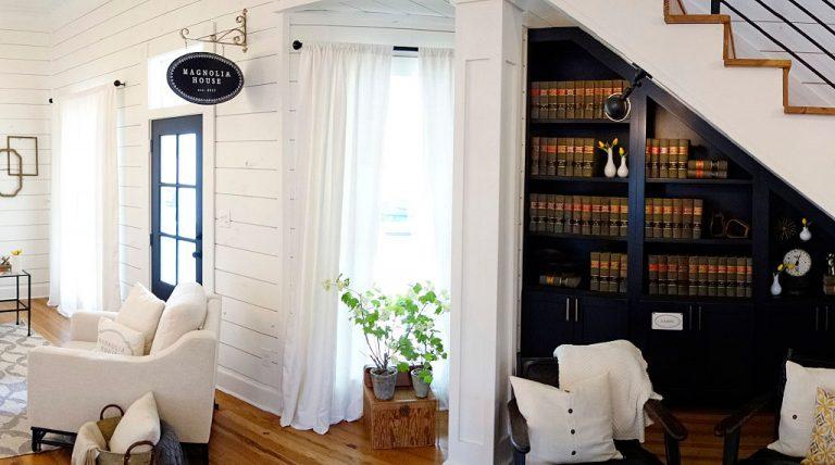 Szakadj el a megszokottól! Lélegzetelállító könyvespolcok a nappaliba