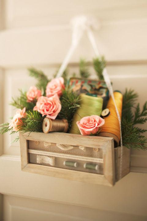 Így dekoráld a bejárati ajtód tavasszal! - 10 szemet gyönyörködtető tipp a legzöldebb hónapra