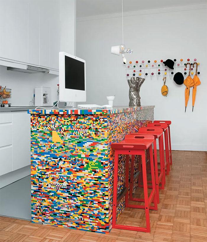 Ezt imádni fogod! Ilyen, ha a LEGO kikerül a gyerekszobából!