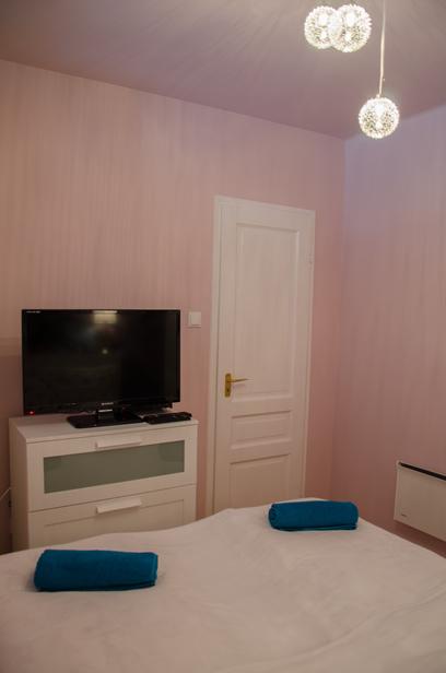 Stílusos és lényűgöző budapesti kék lakás - álomfürdőszobával!