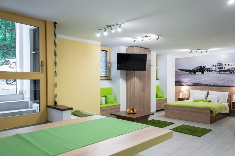 Budapestről mesélő falak! Csodásan felújított lakás a Budai Vár lábánál