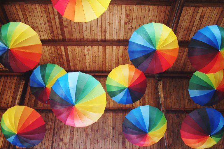 Használd az esernyőt dekorációs elemként!