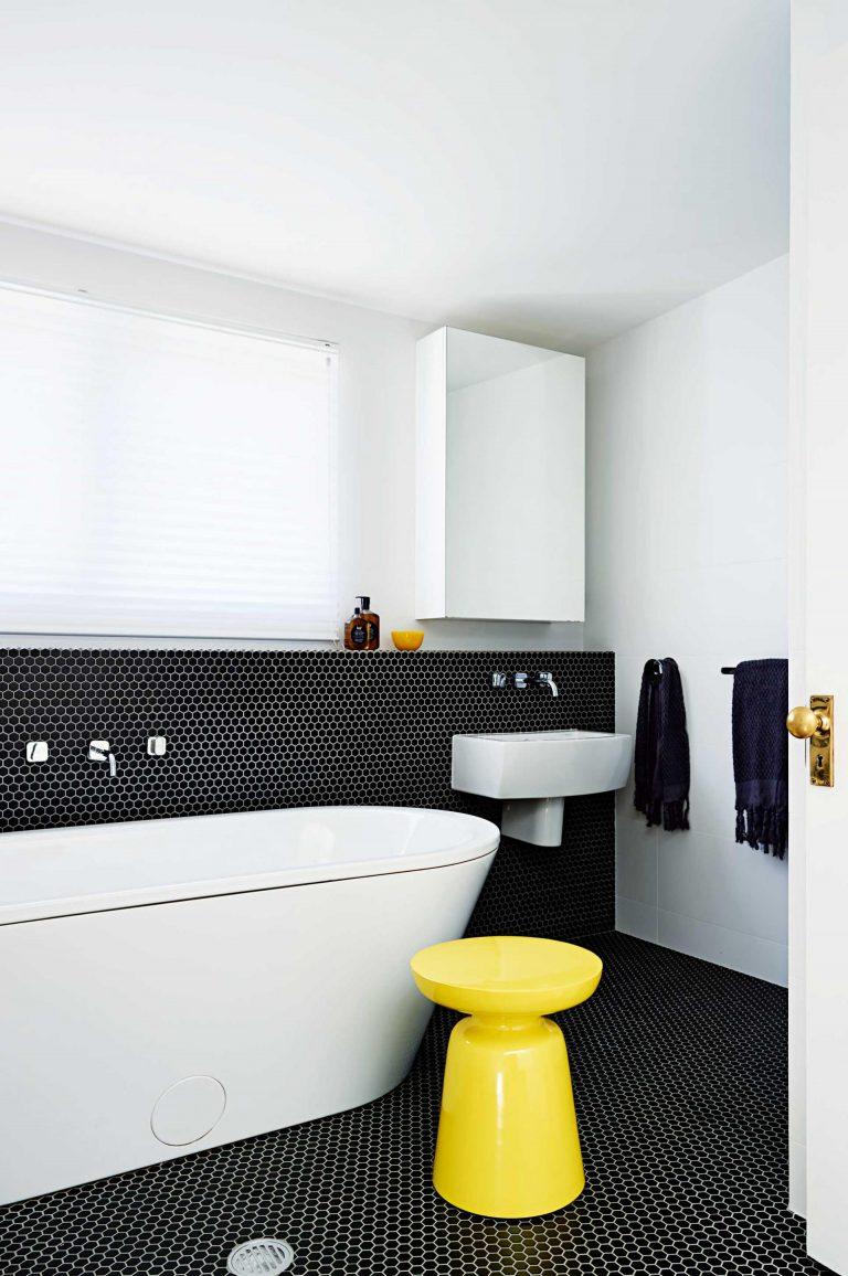Top 10 fekete-fehér fürdőszoba!
