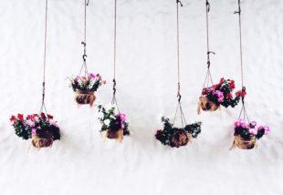 Lebegő virágok házilag, avagy készíts függő virágtartót sajátkezűleg