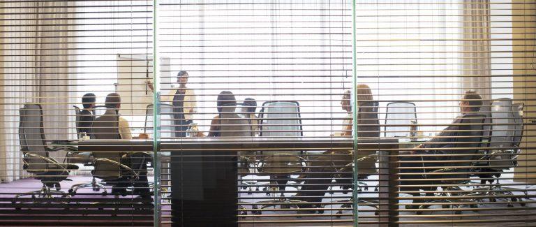 Mutatjuk, hogy válassz árnyékolót az irodába a 2017-es trendek szerint