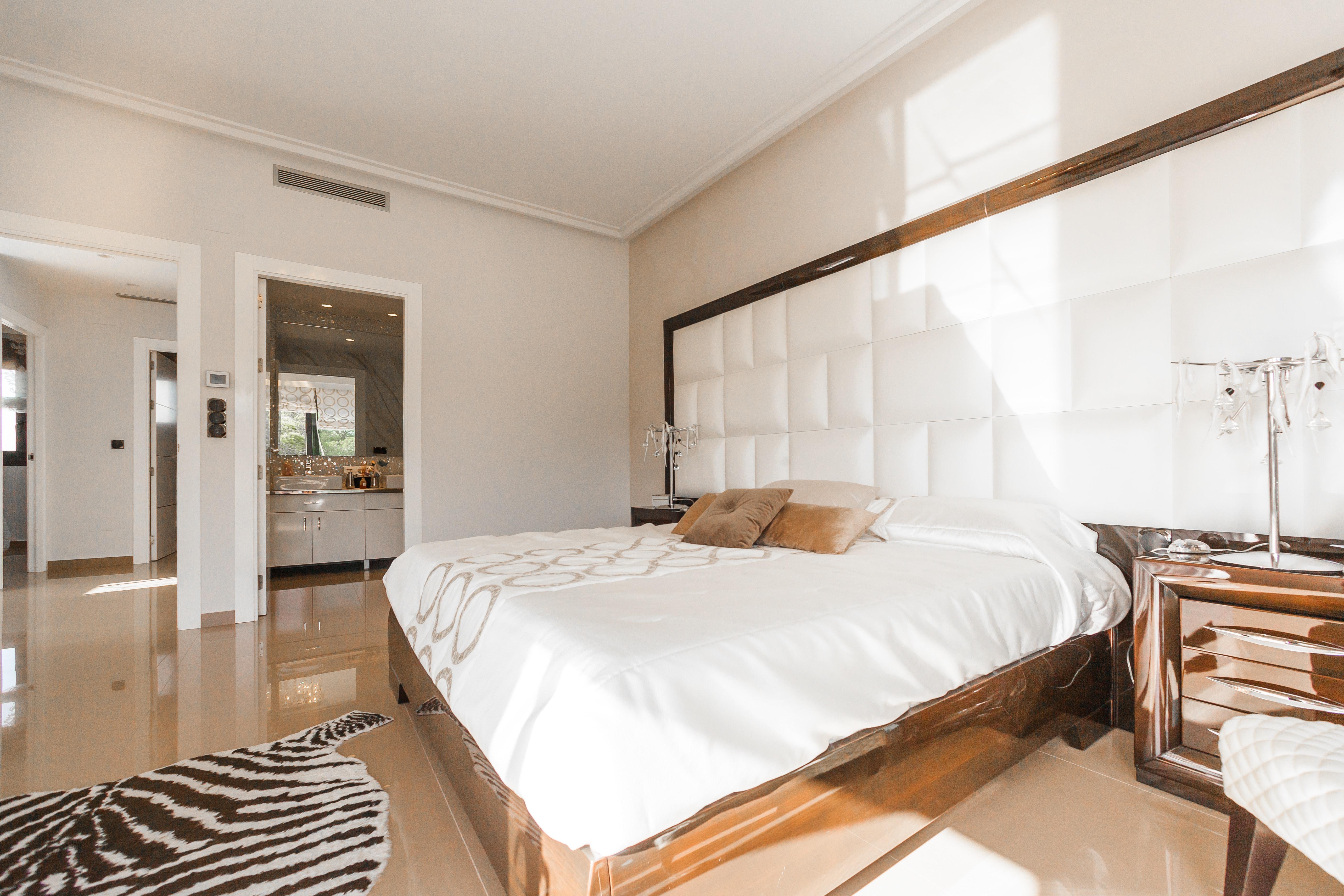 Munka&pihenés - 8 szemrevaló hálószoba, melyben a dolgozósarok is jól megfér