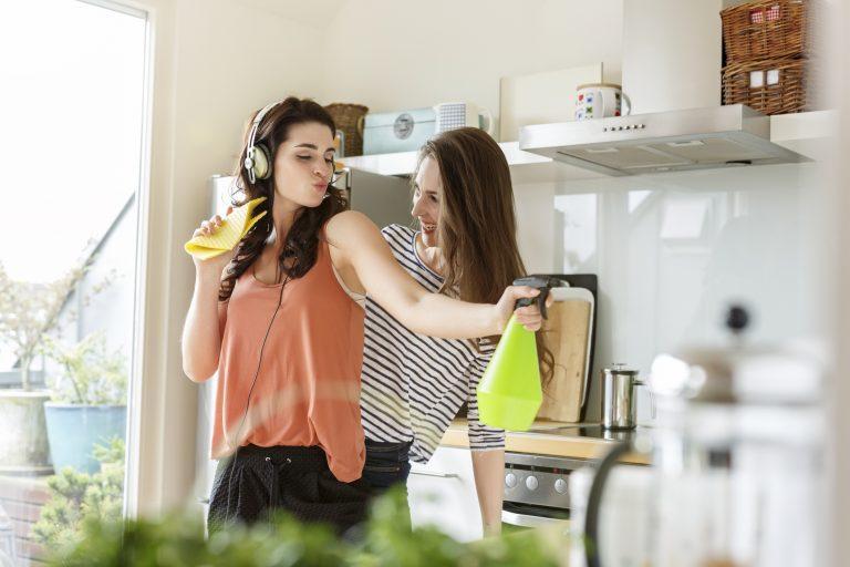 Gyógyító takarítás! 30 feladat a ház körül, ami jót tesz a lelkünknek