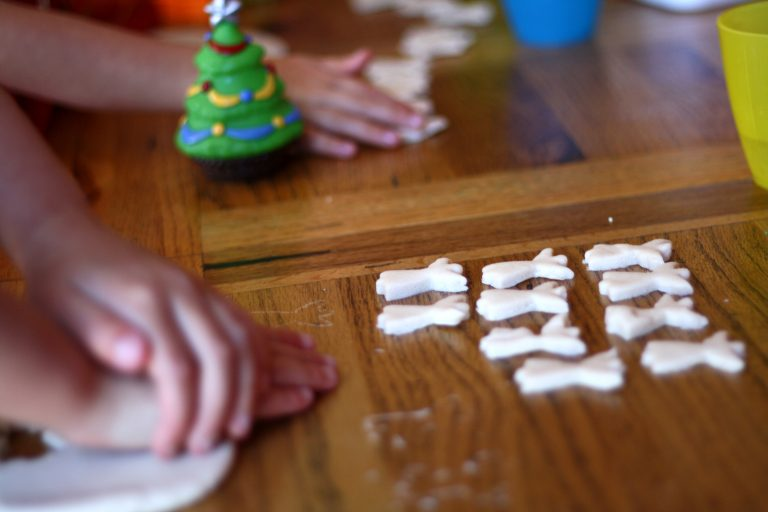 Só-liszt gyurma díszek újratöltve! Nem csak gyerekeknek!