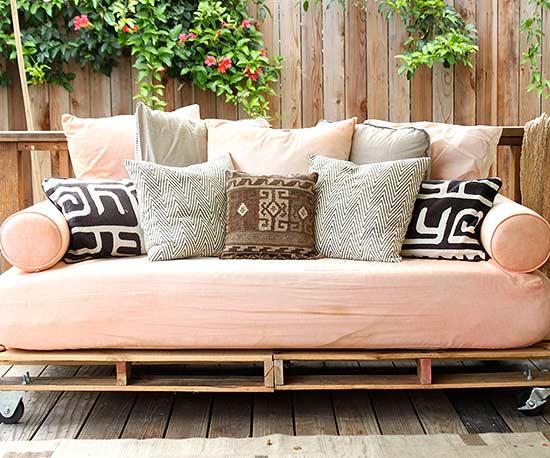 Idén rendezd be saját készítésű bútorokkal az erkélyt! ÖTLETTÁR!