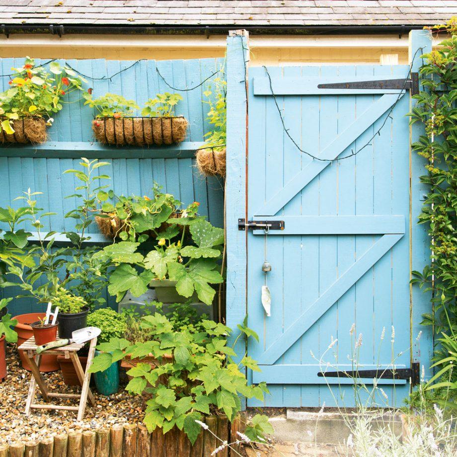 Gyerünk az udvarra! Itt a 10 legütősebb zsebbarát kertfrissítő dekortipp