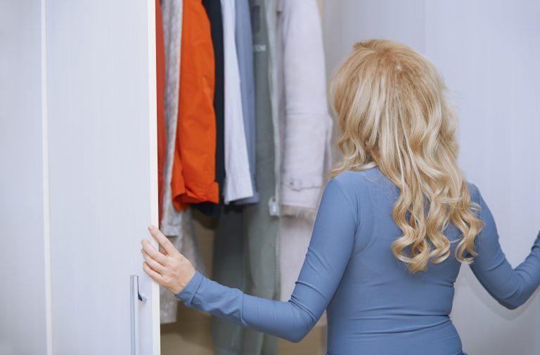 Beépített szekrény belső elrendezése – Íme, az 5 legfontosabb tanács hozzá