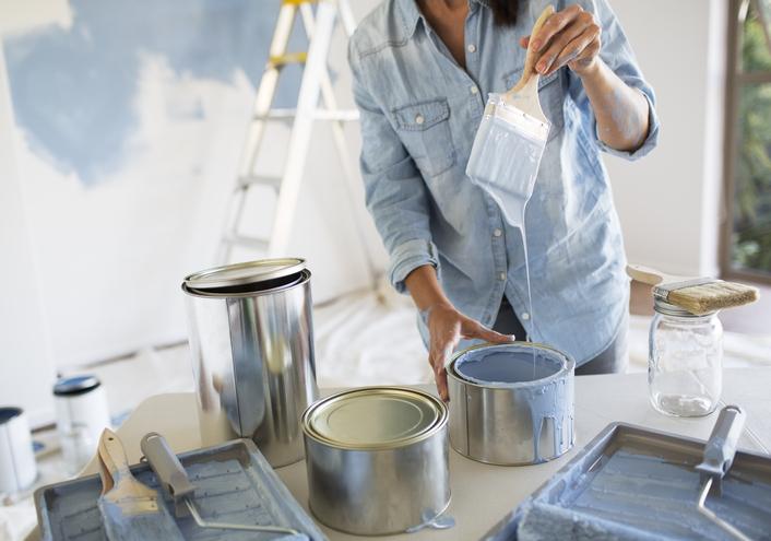 Mennyibe kerül egy négyzetméter festés? Most elmondjuk, hogyan számolj!