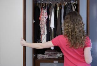 ruhásszekrény átrendezése