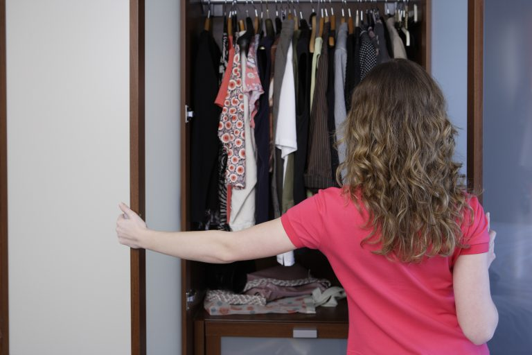 Az 5 leggyakoribb hiba, amit a ruhásszekrény átrendezése során elkövetünk