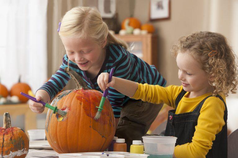 Halloween tök másként – Zseniális ötletek faragás helyett