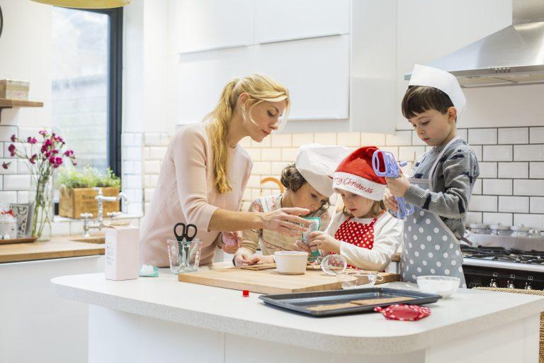 Mikulás dekor ötletek – Várjátok együtt a Télapót a gyerekkel