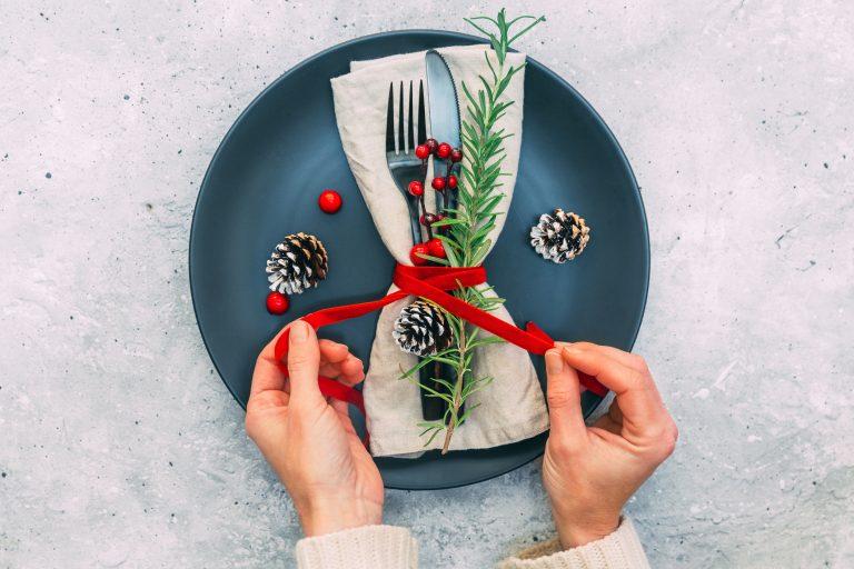 Adventi Megoldások #5 – Karácsonyi asztaldíszek: Csináld magad az ünnepi hangulatot!