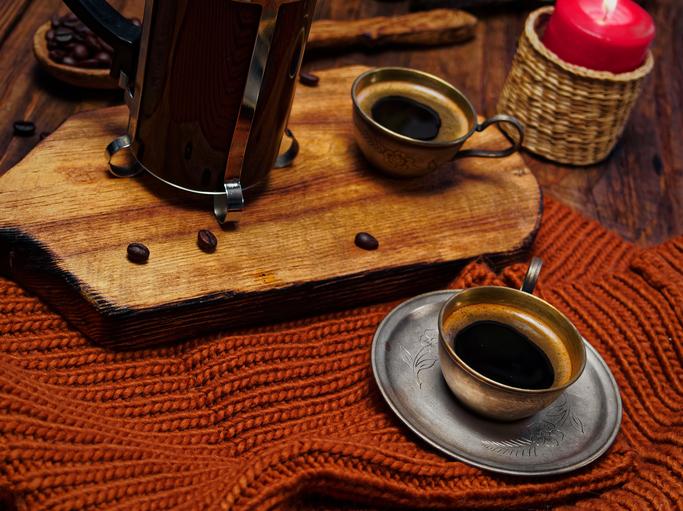 A kinyúlt pulcsi új élete – Második lehetőség a lakberendezésben